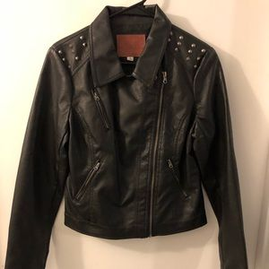 Jackets & Blazers - Women's leather jacket