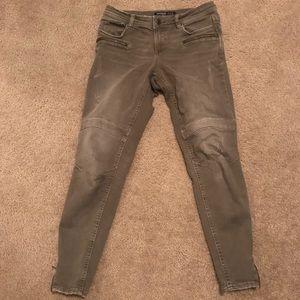 zara green skinny jeans