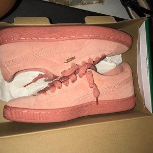 Puma Suede Jr in Pink