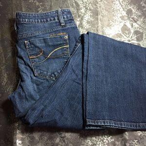 Dkny jeans soho boot size 4 29x30