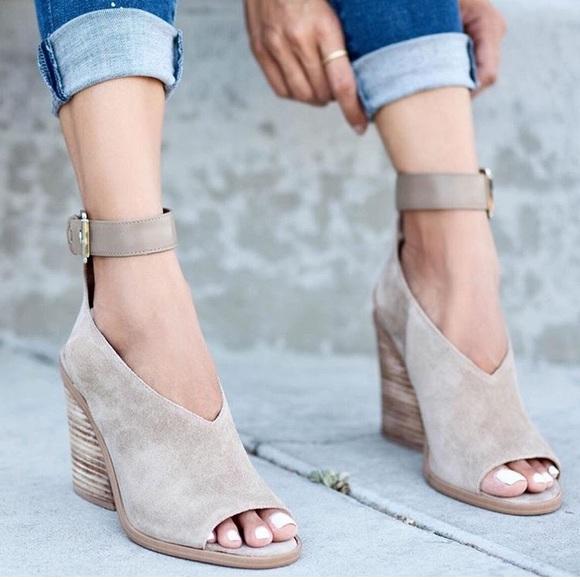 Marc Fisher Vidal Ankle Strap Sandal