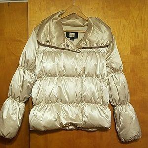 Frost free coat