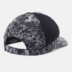 Under Armour Accessories - NWT Pink ladies Under Armour UA Fly Fast Cap 65225a2c968e