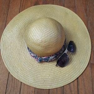 Kangol Wheat braid floppy sun beach hat