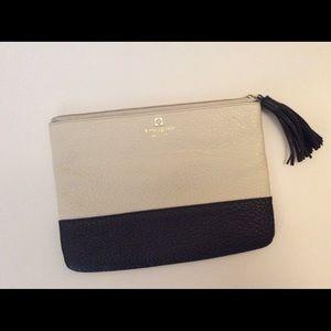 Kate Spade's Clutch bag in cream white&black👏🏻