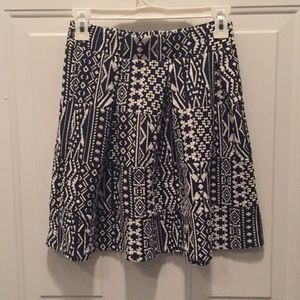 Beautiful patterned skirt in great condition