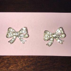 Jewelry - Bow earrings