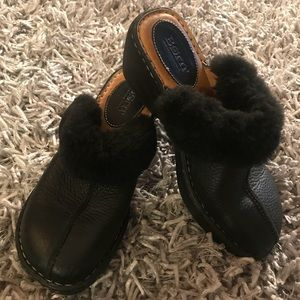 Born Shoes Clogs Mules Black Women's 8 Fur Lined