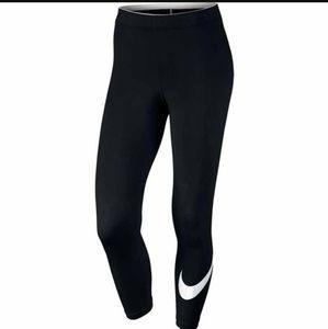 Nike crop logo leggings