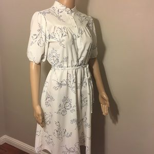 Vintage 50's Tulip Printed Poly House Dress