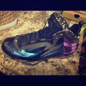 purple charles barkley shoes nike boat shoes