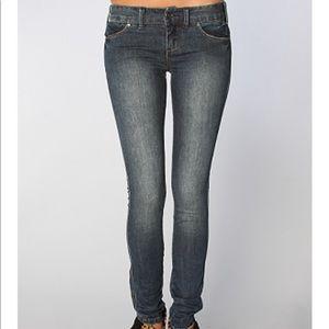 Free People Regular Rise Skinny Jeans Baja Wash 26