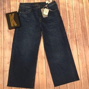 NWT ZARA Wide Leg Cropped Raw Hem Jeans Size 8