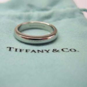 Tiffany & Co Platinum Milgrain Wedding Band Ring S