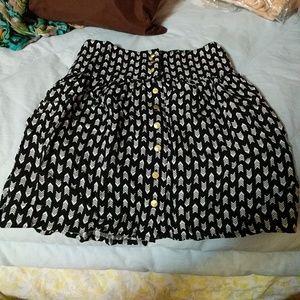 Arrow print mini skirt