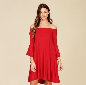 FIRST OFFER SALE // KNIT DRESS FEATURING SOLID