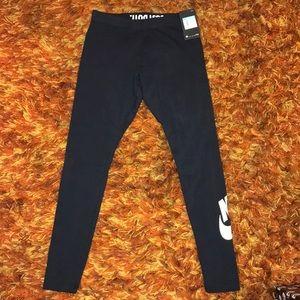 Nike leggings/tights