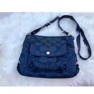 COACH Navy blue signature messenger crossbody bag