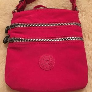 Small pink Kipling crossbody bag