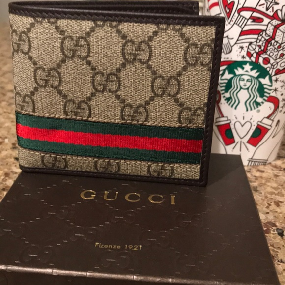 f4318a672e31 Gucci Bags | Brand New Signature Green And Red Wallet | Poshmark