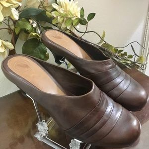 Nurture Brown Mules