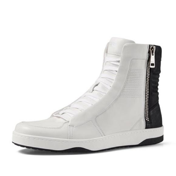 2f03a6d39736 New Gucci Black   White Zipper High Top Sneakers