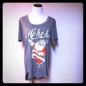 Fifth and Sun Gray Christmas Santa T Shirt Sz XL