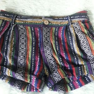 Kaisely woven shorts