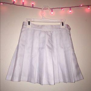 American apparel white pleaded skirt