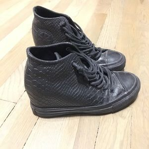 Hard to find Leather Converse Wedge Sneaker
