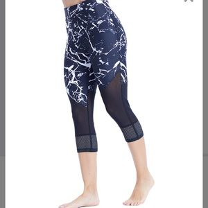 Black and white marble mesh capris