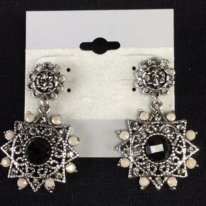 Jewelry - New Beautiful Earrings