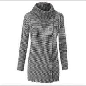 CAbi Fergie Turtle Neck Sweater
