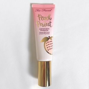 SNOW Too Faced Peach Perfect Foundation