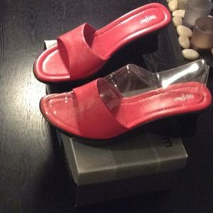 Pink women's sandals size 8 leather