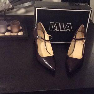 MIA high heels plum size 8 M