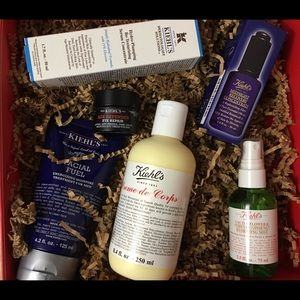 Kiehl's gift set - full sized products!!