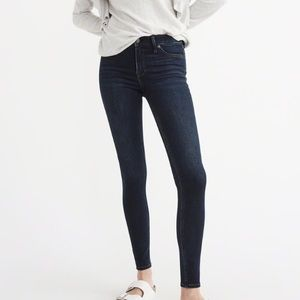 Abercrombie & Fitch low rise jean legging