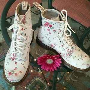 Dr. Martens Airwave White & Pink Floral Boots