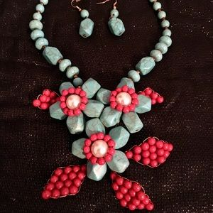 😲Statement Necklace & Earring Set😲