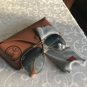 Authentic Ray-Ban Blue Lense Gradient Aviator