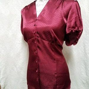 † Lane Bryant Wine Silk ButtonUp Cap Sleeve Blouse