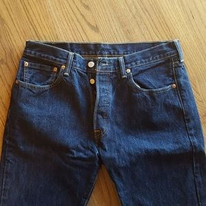 Classic Levi's 501 Button Fly Jeans Like New!