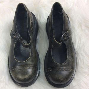 DR. Martens goth style Mary Jane shoe 3/5
