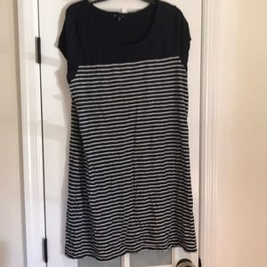 Gap xxl short sleeve navy and white stripe dress