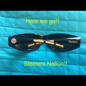 Accessories - Pittsburgh Steelers sunglasses 😎 - unisex!!