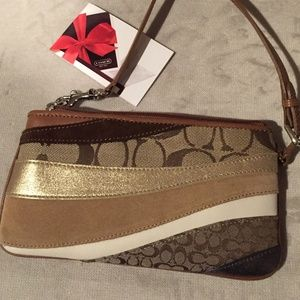youth's coach wristlet