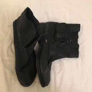 Sam Edelman Flat Black Ankle Boots