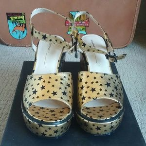 Intentionally Blank Gold Starred Sandals 40/9