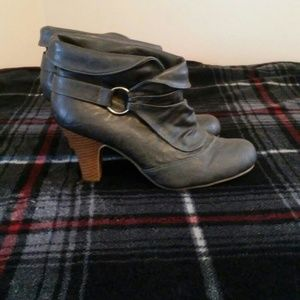 🌟Madden Girl Ankle Boots🌟